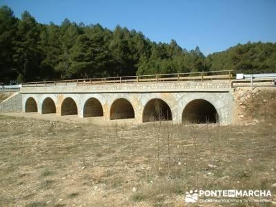 Ruta senderismo en el Cañón de Río Lobos - Puente Siete ojos; siete picos; cercedilla madrid